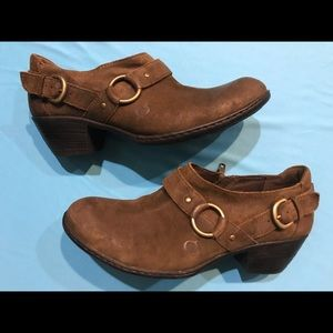 Women's Born Leather Booties-Size 9.5 M 🎁