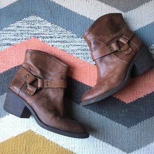 Lucky Brand brown leather boots 8.5 • 38 1/2
