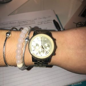EXCELLENT CONDITION AUTHENTIC Michael Kors Watch!