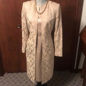 Anne Klein 2 piece dress suit