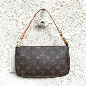 Auth. Louis Vuitton Acces. Pochette COMES W/STRAP