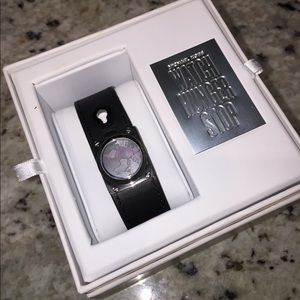 Michael kors fitness tracker limited edition NWT