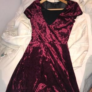 RED VELVET CRUSH DRESS