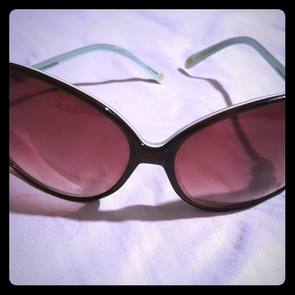 BCBG Accessories - Sunglasses 💖💖 NWOT