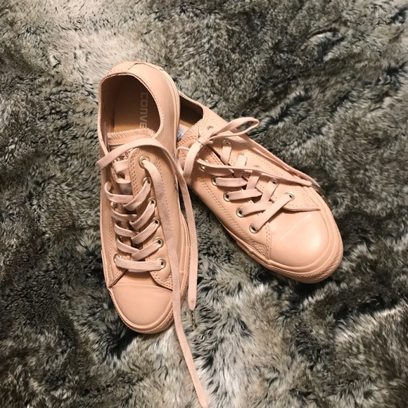 2018 sneakers cost charm various design RARE Nude Leather Converse NWT