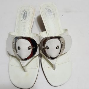 🎀Dr Scholl's🎀 kitten heel sandal size 7