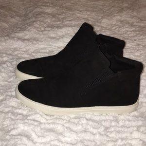 Kenneth Cole Black Hightop Sneakers