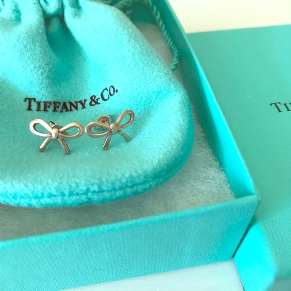 Tiffany & Co. Jewelry - SOLD 🎀Tiffany and co bow earrings silver EUC