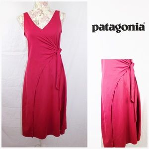 Patagonia Wrap It Up Dress Large Red Raspberry