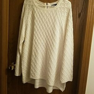Hi-lo white sweater