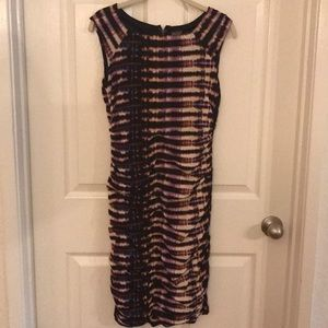 Taylor Sz 4 body con ruched abstract dress print