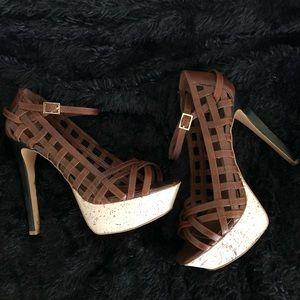 Cute Jessica Simpson summer sandals