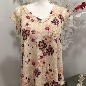 Floral Lace trip blouse
