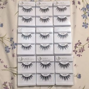 Other - KARA EYELASHES in Style#702