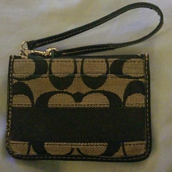 1f17b608ec9b1 Coach Handbags - Small Coach ID Holder with Coin Purse