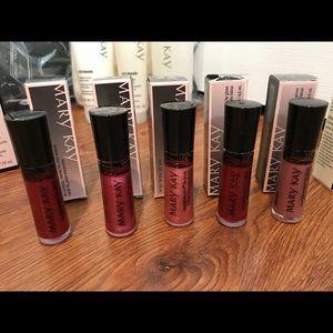 MARY KAY NEW Lip Gloss