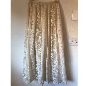 Vintage White Lace Skirt