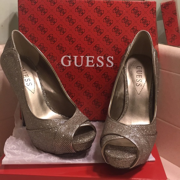 Guess Shoes - Glitter Guess stilettos 👠 🔥🎄😍🌟