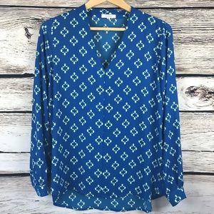 Nordstrom Pleione blue v neck blouse top s