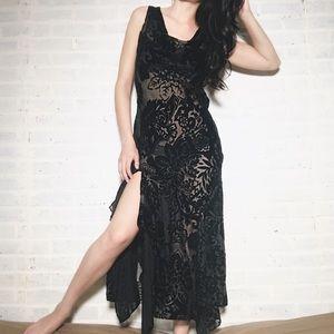 Vintage Velvet Patterned Maxi Dress
