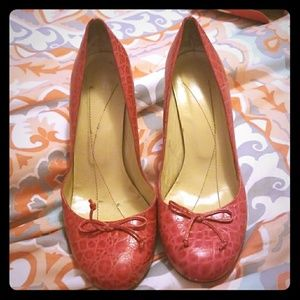 Red Alligator Leather Kate Spade Pumps Size 10