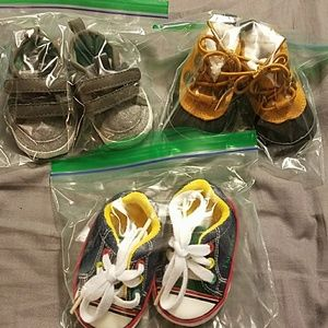 Other - Lot of 3 newborn shoes