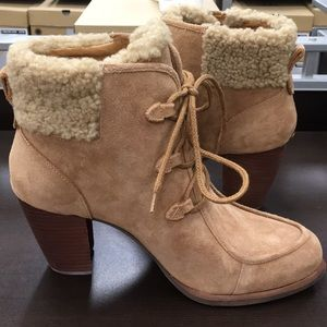 New Ugg Suede Chestnut Analise bootie boots ❤️☃️❤️