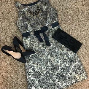 Jessica Howard Gold Floral Sleeveless Dress