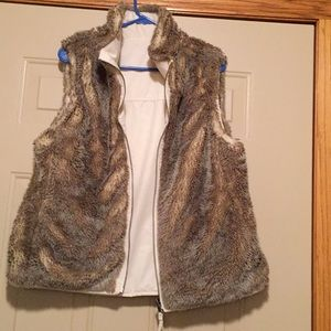 GAP sz XL reversible Vest