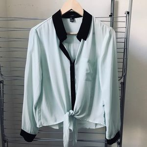 Mint collar shirt with front tie