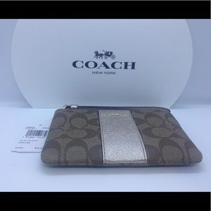 Coach Signature Leather Wristlet F58035 Brand New