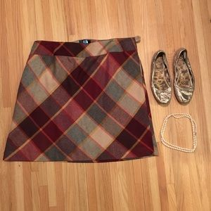 20W // Talbots plaid wool skirt