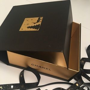 CHANEL HOLIDAY KEEPSAKE MAGNETIC BOX MATCH RIBBON