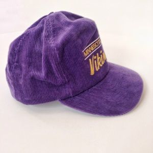 db5acf54 VTG💜NFL Minnesota Vikings Corduroy Hat!