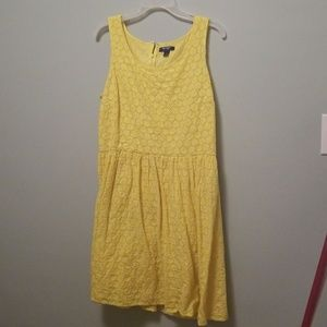 Yellow lace old navy dress
