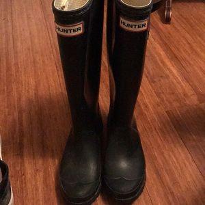 Hunter Rain boots. Size 6!