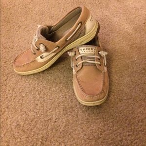 Squiggle knot slip on sperrys