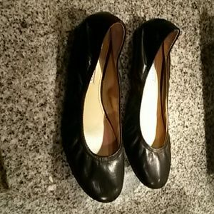 Vera Wang lavender ballet flats leather size 8