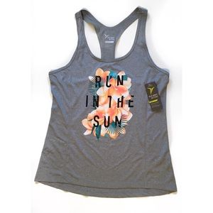 Old Navy Active Go Dry Racer Back Workout Tank