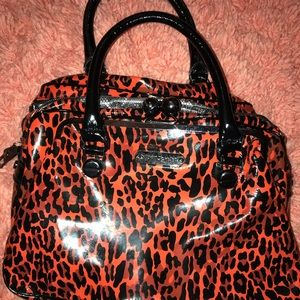 Betsy Johnson betsyville printed purse