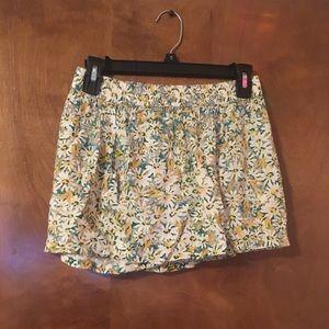 Sweet summer floral shorts!