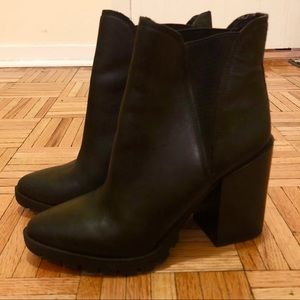 Sam Edelman Booties 👢 Size 9