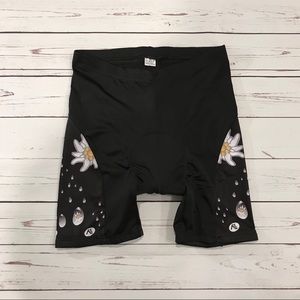 Pants - 🌻 NWOT Bike Shorts - Plus Size