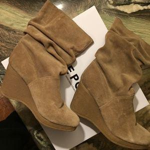 NEW Tan TrueSuede Slouchy Ankle Wedge boots Heels
