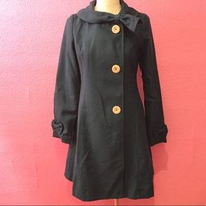 ModCloth winter dress coat with bows & big buttons