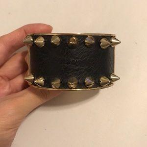 Gold stud black bangle bracelet! In good condition