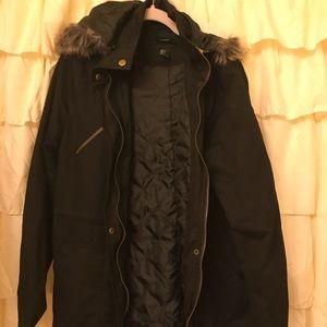 Super cute coat 🧥 no trades