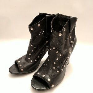 New BCBGeneration leather booties, Sz 9.5/39.5