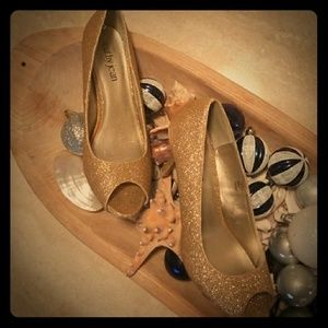 """Christmas Party? Gold Glitter Open Toe 3"""" heels"""