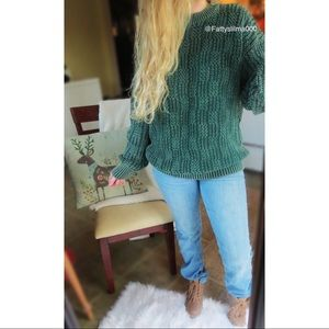 Vintage snowy morning green thick knit sweater 🌿